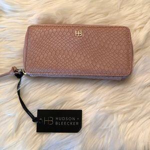 Hudson Bleecker Smartphone Wallet
